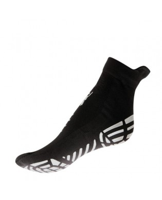 Schwarze Piloxing und Pilates Socken