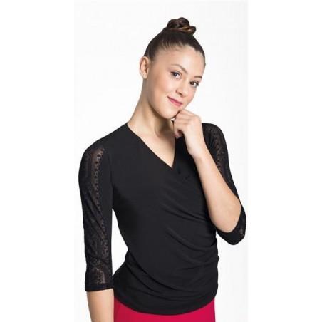 Top crossed 3/4 sleeves lace