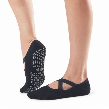 Non-slip socks with crossed elastics