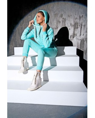 Turquoise jogging pants for active woman
